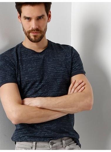 Tişört-Colin's